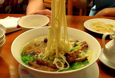 食用色素の活用(麺)