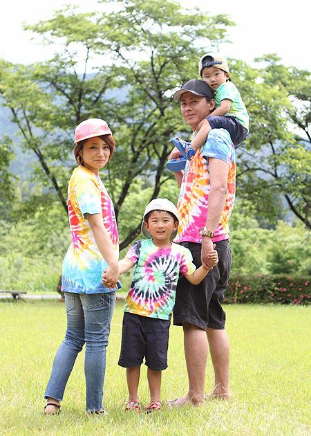 ファミリー賞「虹色Tシャツ」:ミニー様の作品 / カラーマーケット